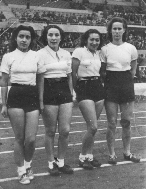 Enterreno - Fotos históricas de chile - fotos antiguas de Chile - Posta 4x100 en el Estadio Nacional en 1938