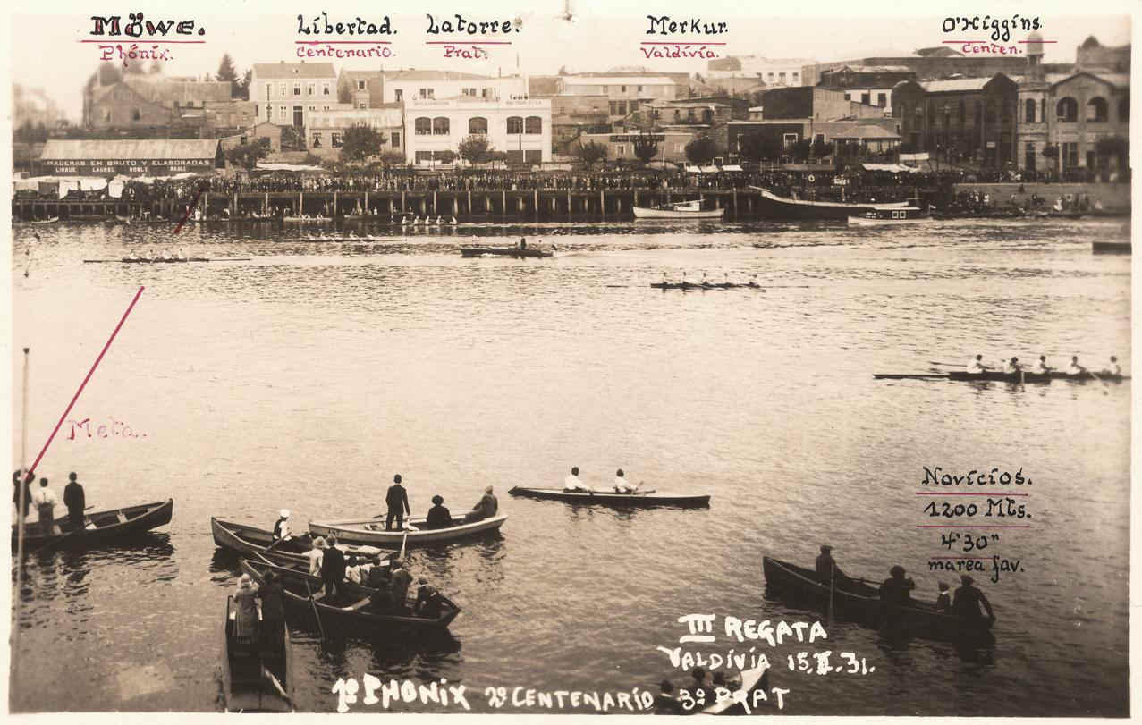 Enterreno - Fotos históricas de chile - fotos antiguas de Chile - Regata en el Río Valdivia en 1931