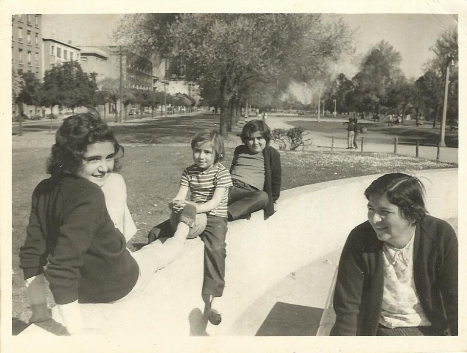 Enterreno - Fotos históricas de chile - fotos antiguas de Chile - Parque Bustamante en 1971