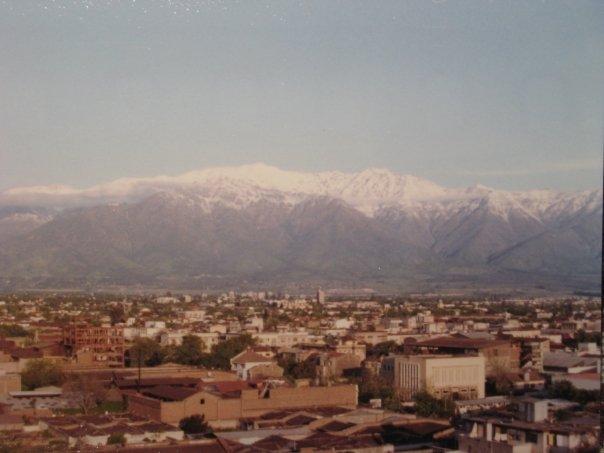 Enterreno - Fotos históricas de chile - fotos antiguas de Chile - Santiago Centro en 1985