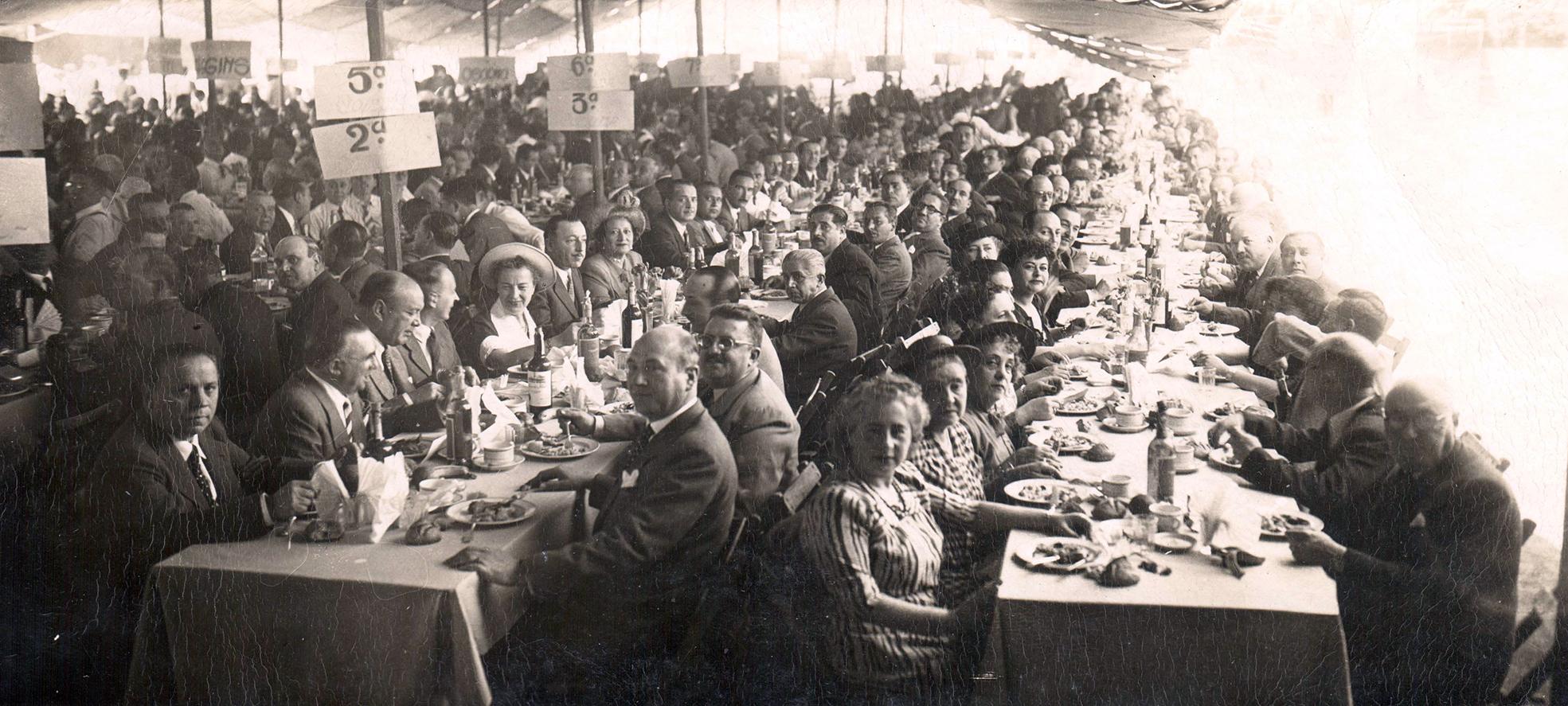 Enterreno - Fotos históricas de chile - fotos antiguas de Chile - Despedida al embajador de Chile en Italia, 1949