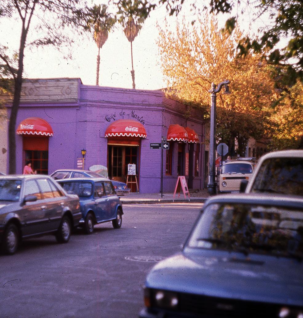 Enterreno - Fotos históricas de chile - fotos antiguas de Chile - Barrio Bellavista de Santiago en 1989