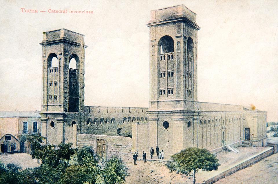 Enterreno - Fotos históricas de chile - fotos antiguas de Chile - Catedral de Tacna en 1911