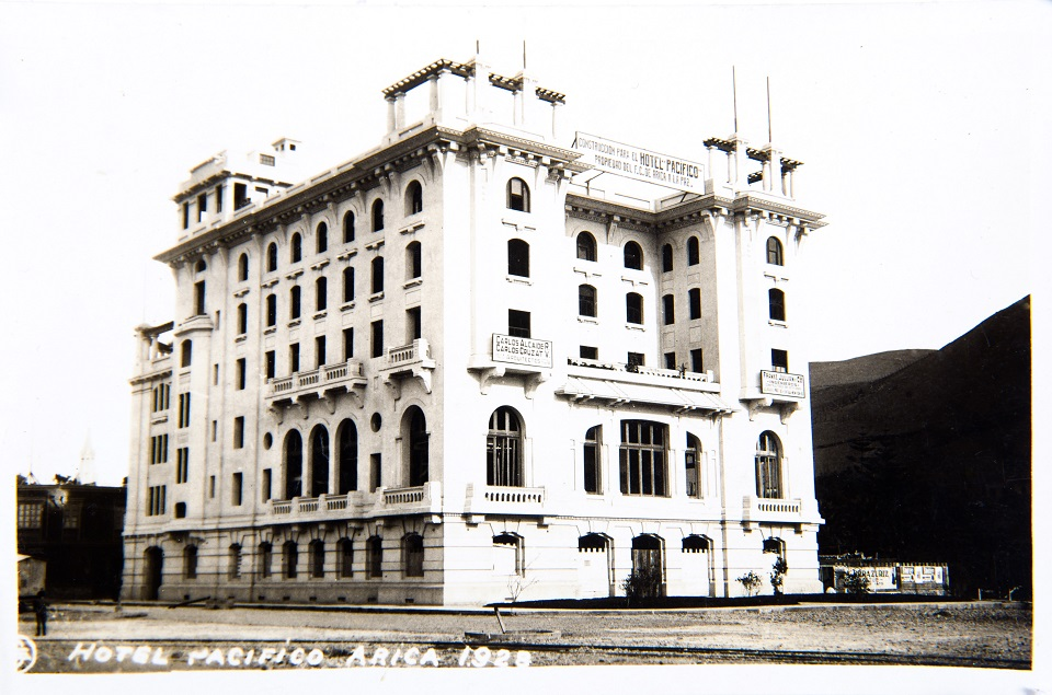 Enterreno - Fotos históricas de chile - fotos antiguas de Chile - Hotel Pacífico de Arica en 1928