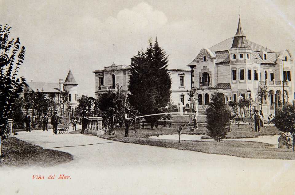 Enterreno - Fotos históricas de chile - fotos antiguas de Chile - Plaza Vergara en 1900