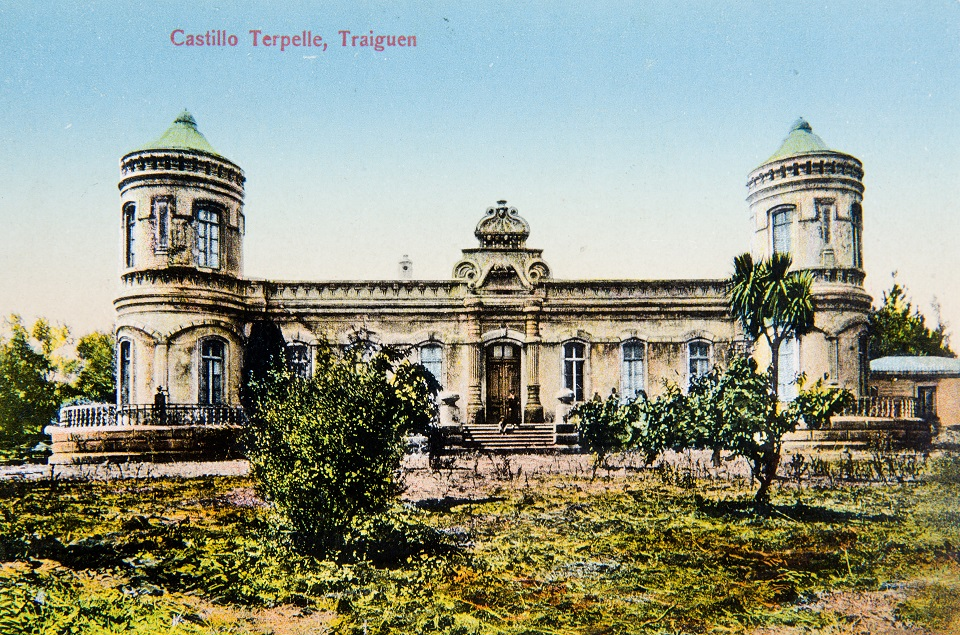 Enterreno - Fotos históricas de chile - fotos antiguas de Chile - Castillo Terpelle de Traiguén en 1910