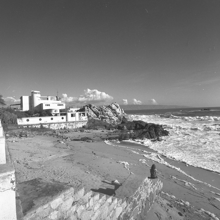 Enterreno - Fotos históricas de chile - fotos antiguas de Chile - Playa El Encanto, Reñaca, 1978