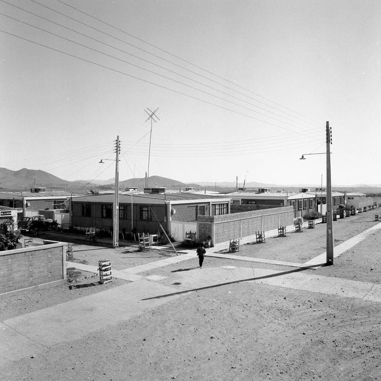 Enterreno - Fotos históricas de chile - fotos antiguas de Chile - Población Corvi en Ovalle, 1975