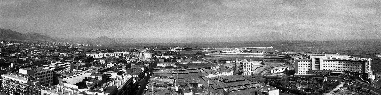 Enterreno - Fotos históricas de chile - fotos antiguas de Chile - Panorámica de Antofagasta, 1971