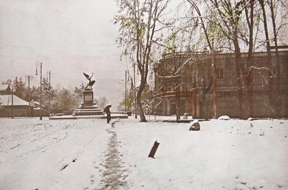 Enterreno - Fotos históricas de chile - fotos antiguas de Chile - Plaza Italia nevada en 1912