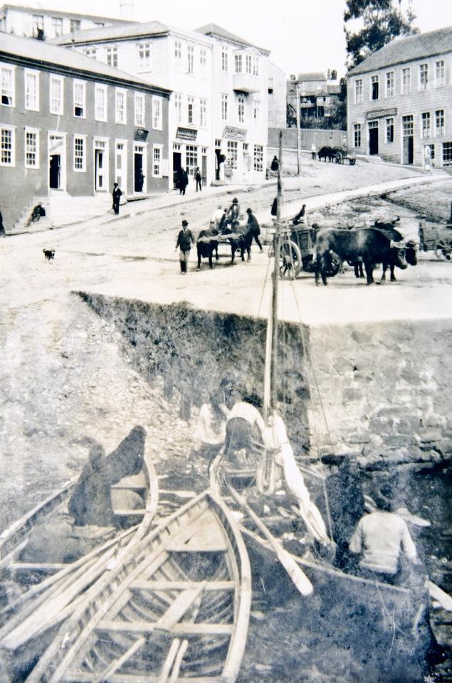 Enterreno - Fotos históricas de chile - fotos antiguas de Chile - Castro, Chiloé, 1950
