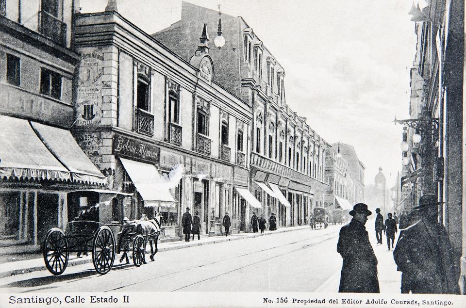 Enterreno - Fotos históricas de chile - fotos antiguas de Chile - Calle Estado de Santiago, ca. 1890