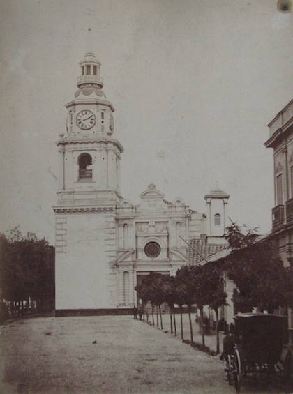 Enterreno - Fotos históricas de chile - fotos antiguas de Chile - Santiago, Iglesia de San Francisco en 1890