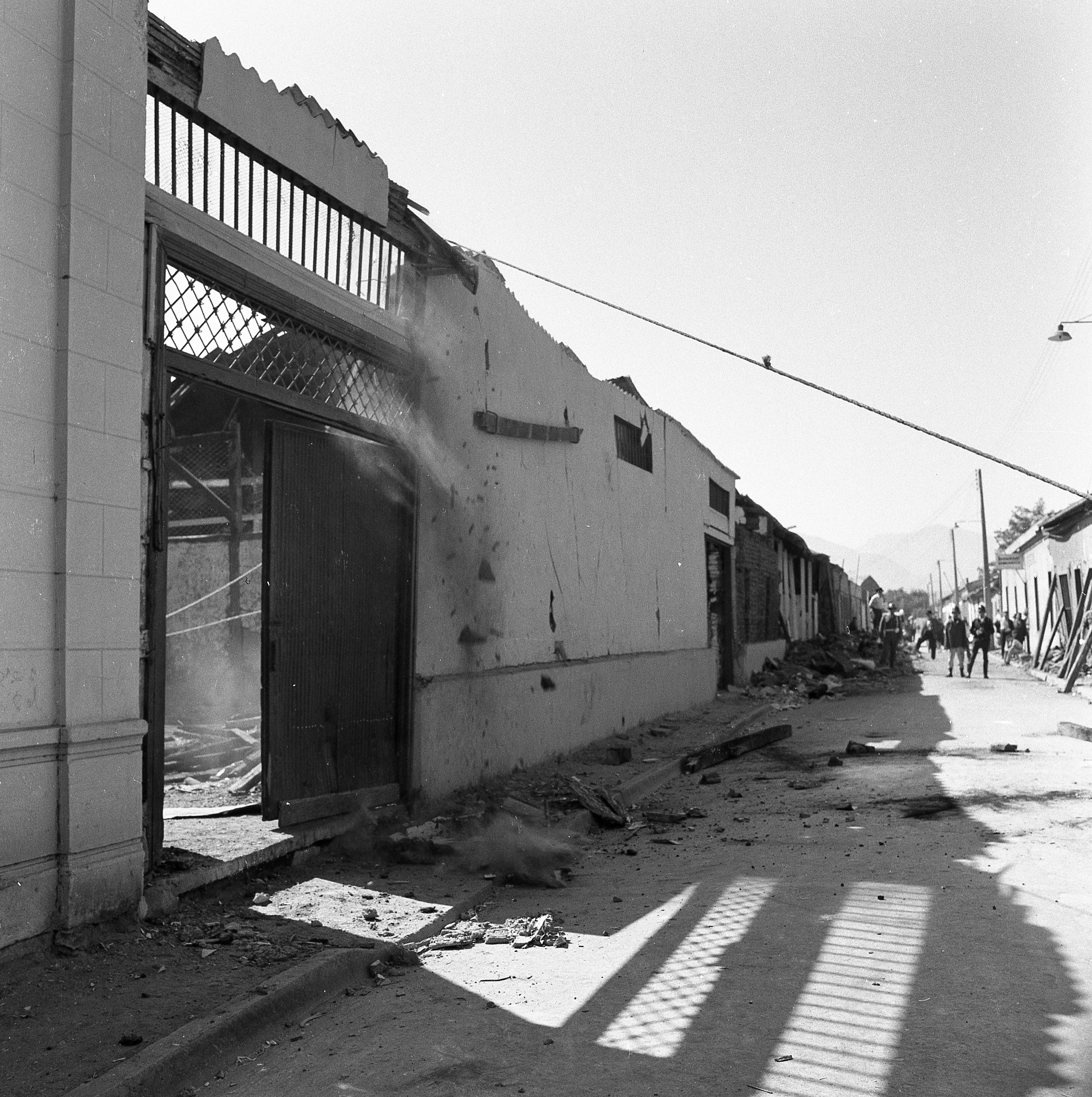 Enterreno - Fotos históricas de chile - fotos antiguas de Chile - Daños del Terremoto de Valdivia, 1960