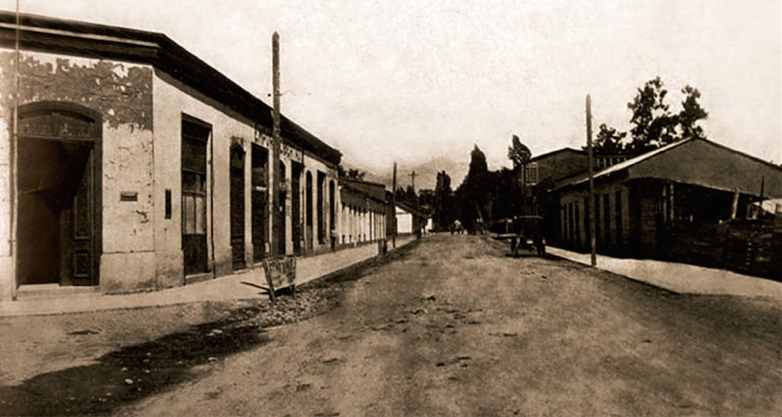 Enterreno - Fotos históricas de chile - fotos antiguas de Chile - Calles de Chimbarongo ca. 1940