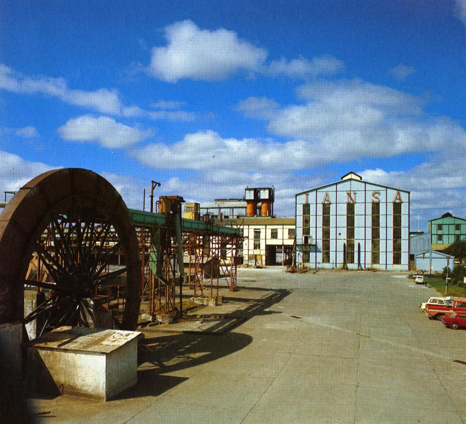 Enterreno - Fotos históricas de chile - fotos antiguas de Chile - Fábrica de azúcar Iansa en 1970