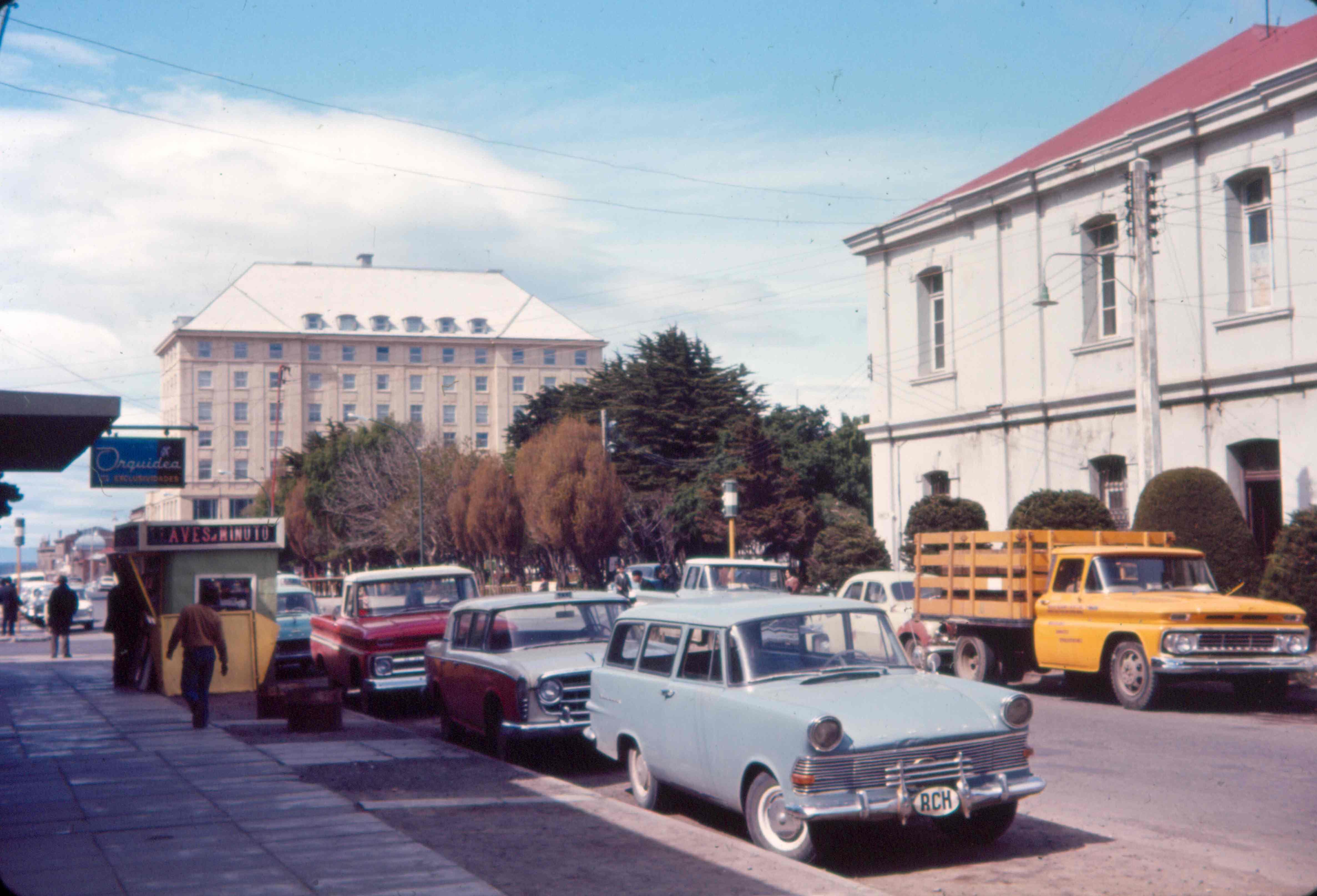 Enterreno - Fotos históricas de chile - fotos antiguas de Chile - Punta Arenas en 1962