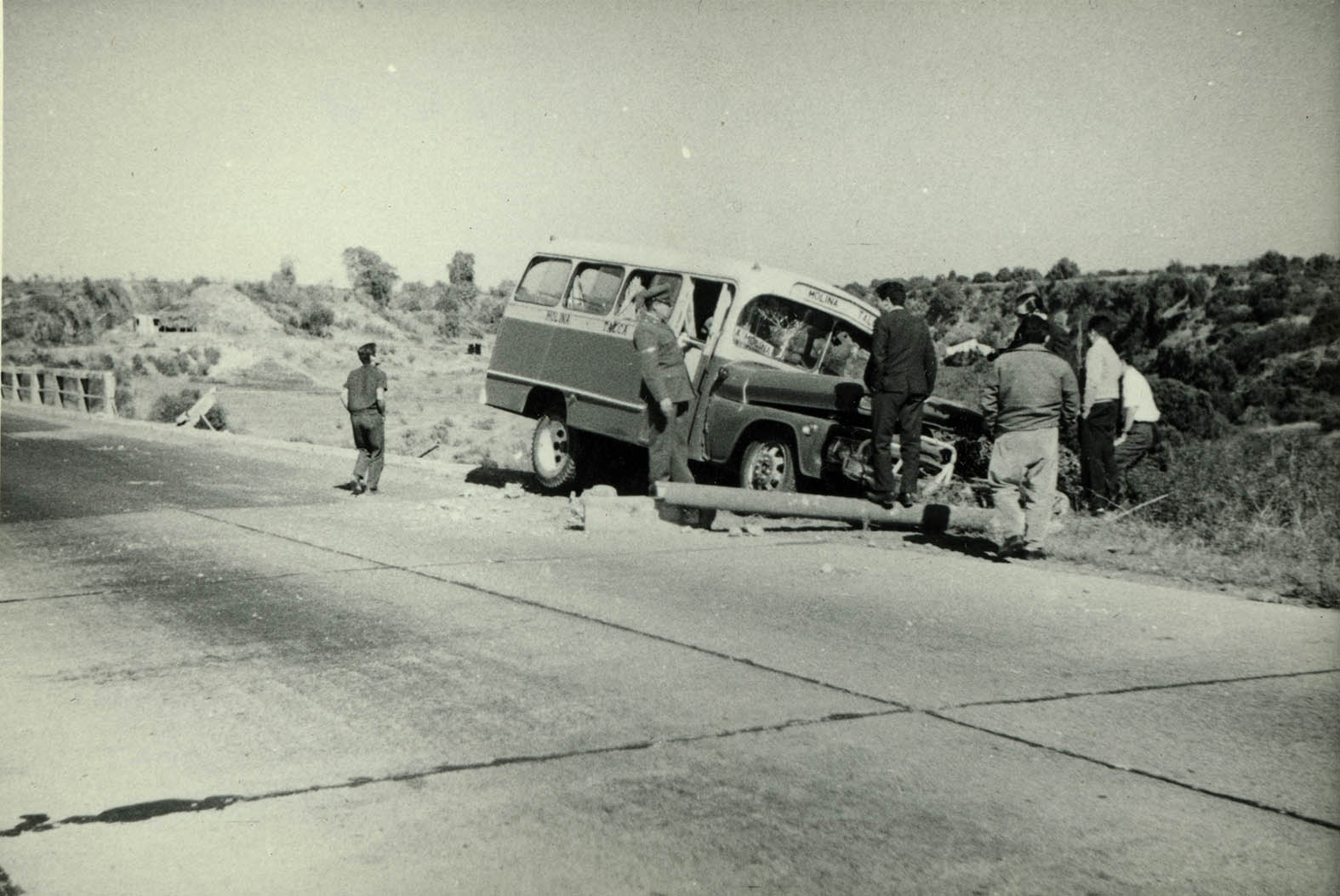 Enterreno - Fotos históricas de chile - fotos antiguas de Chile - Accidente Río Claro en 1964