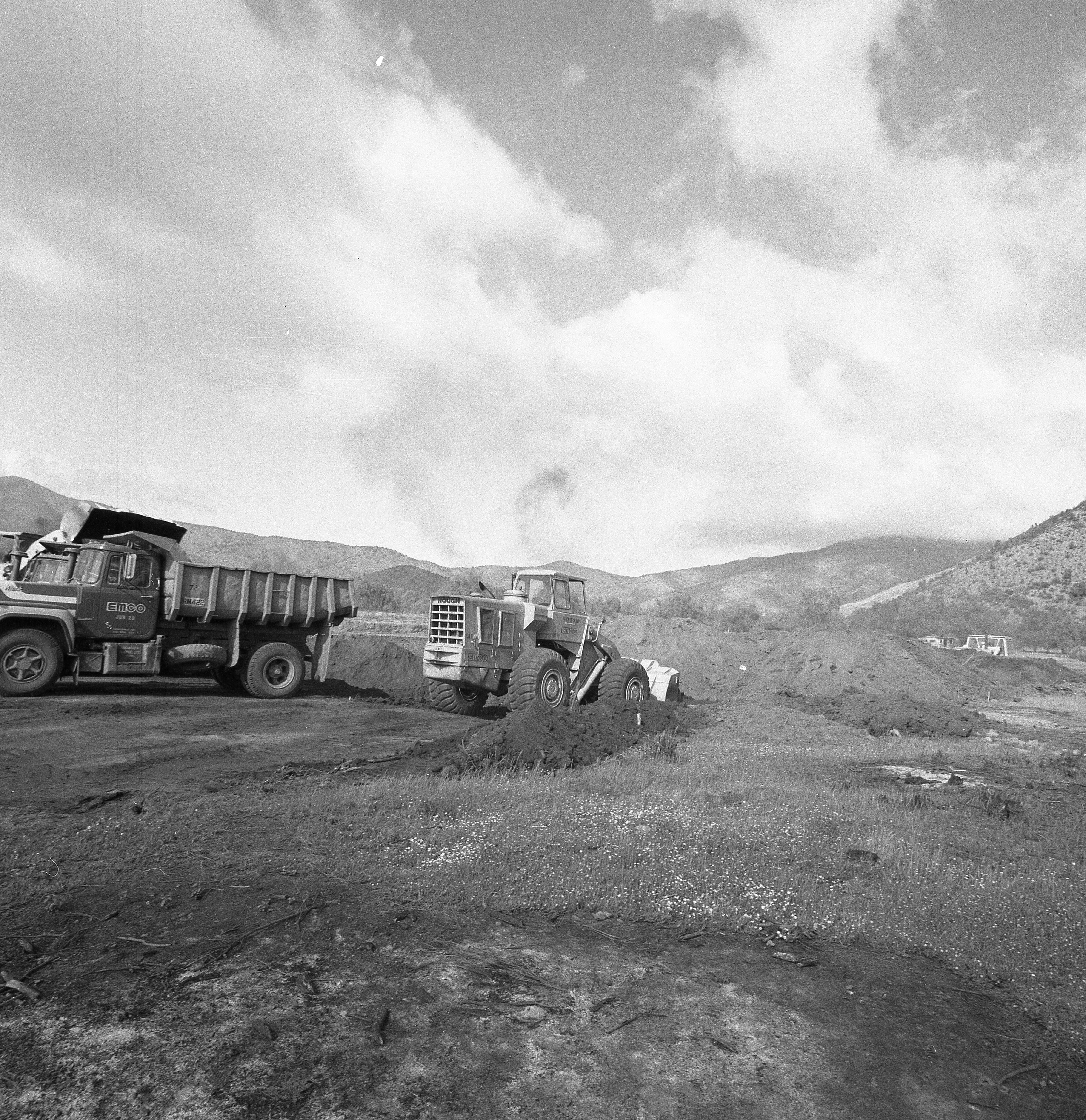Enterreno - Fotos históricas de chile - fotos antiguas de Chile - Foto de Jack Ceitelis
