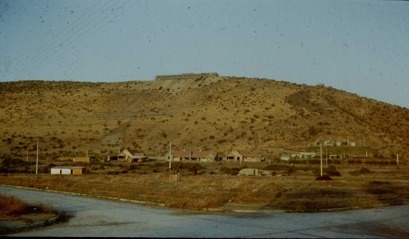 Enterreno - Fotos históricas de chile - fotos antiguas de Chile - Cerro Calán en 1958