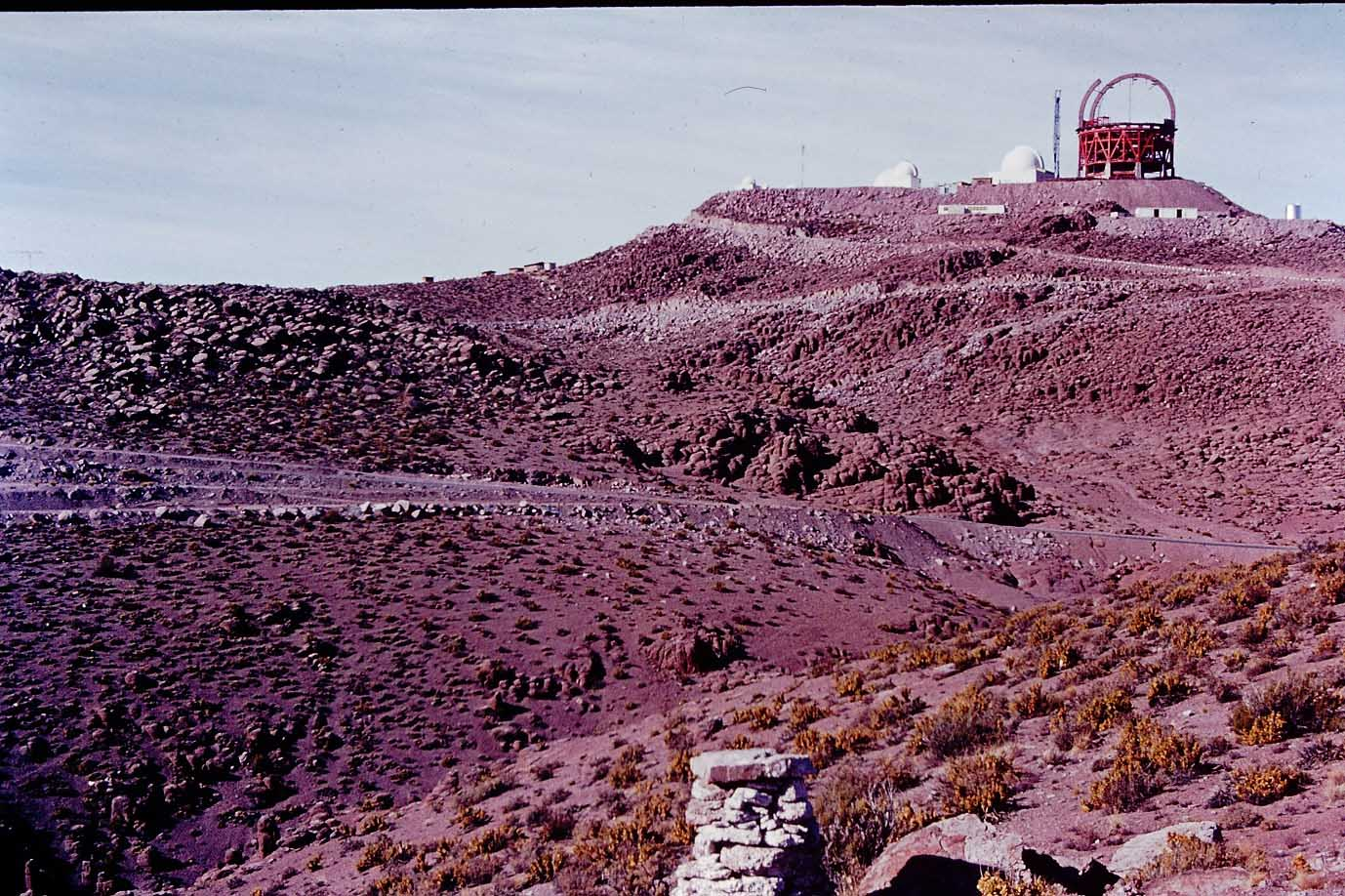 Enterreno - Fotos históricas de chile - fotos antiguas de Chile - Observatorio Cerro Tololo en 1975