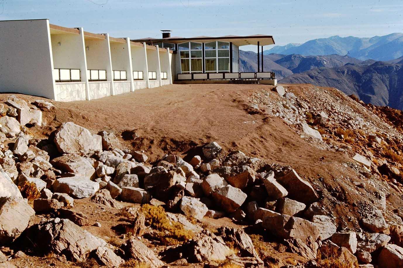 Enterreno - Fotos históricas de chile - fotos antiguas de Chile - Observatorio Cerro Tololo en 1975