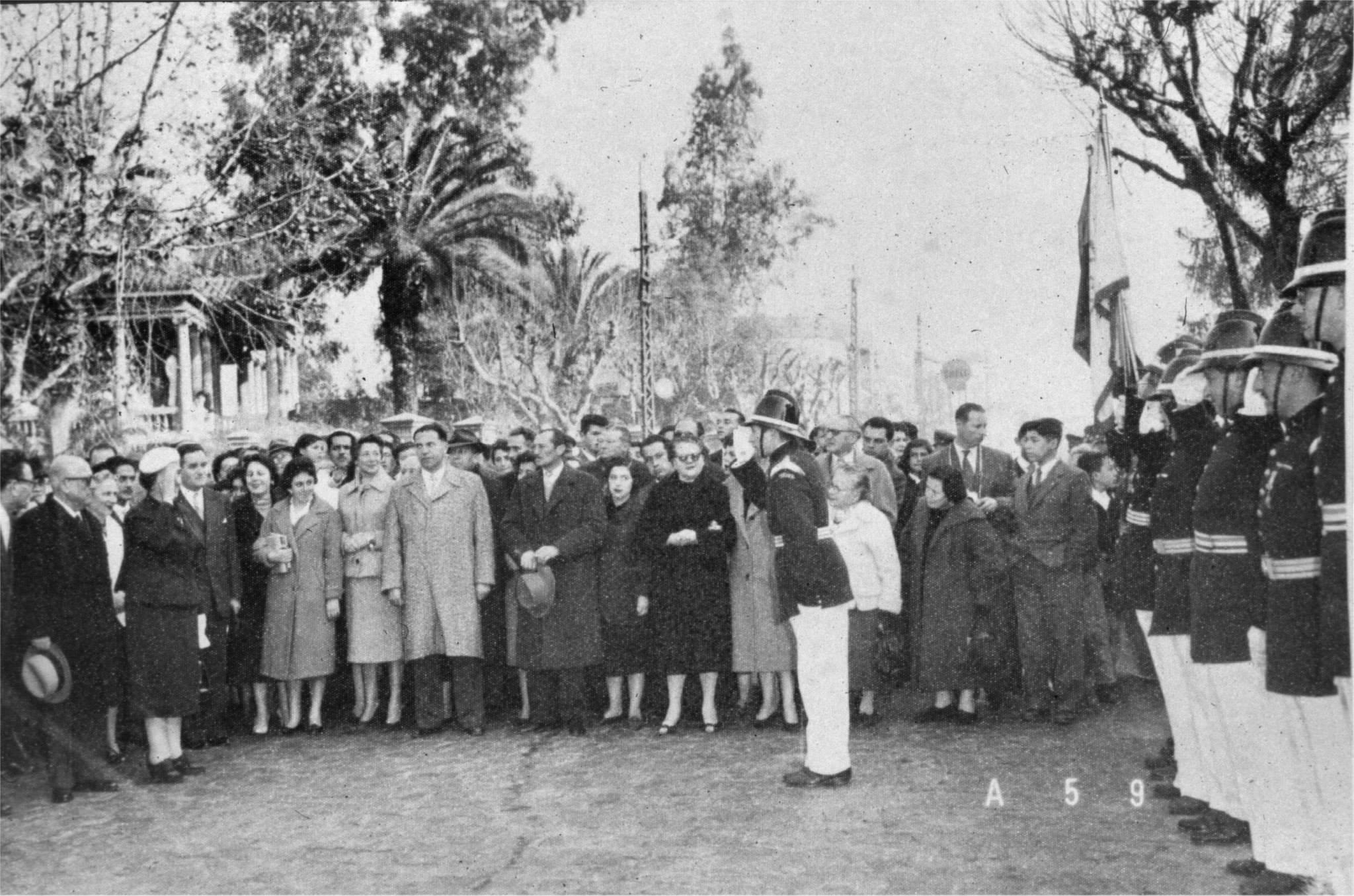 Enterreno - Fotos históricas de chile - fotos antiguas de Chile - Golda Meir en Chile, 1959