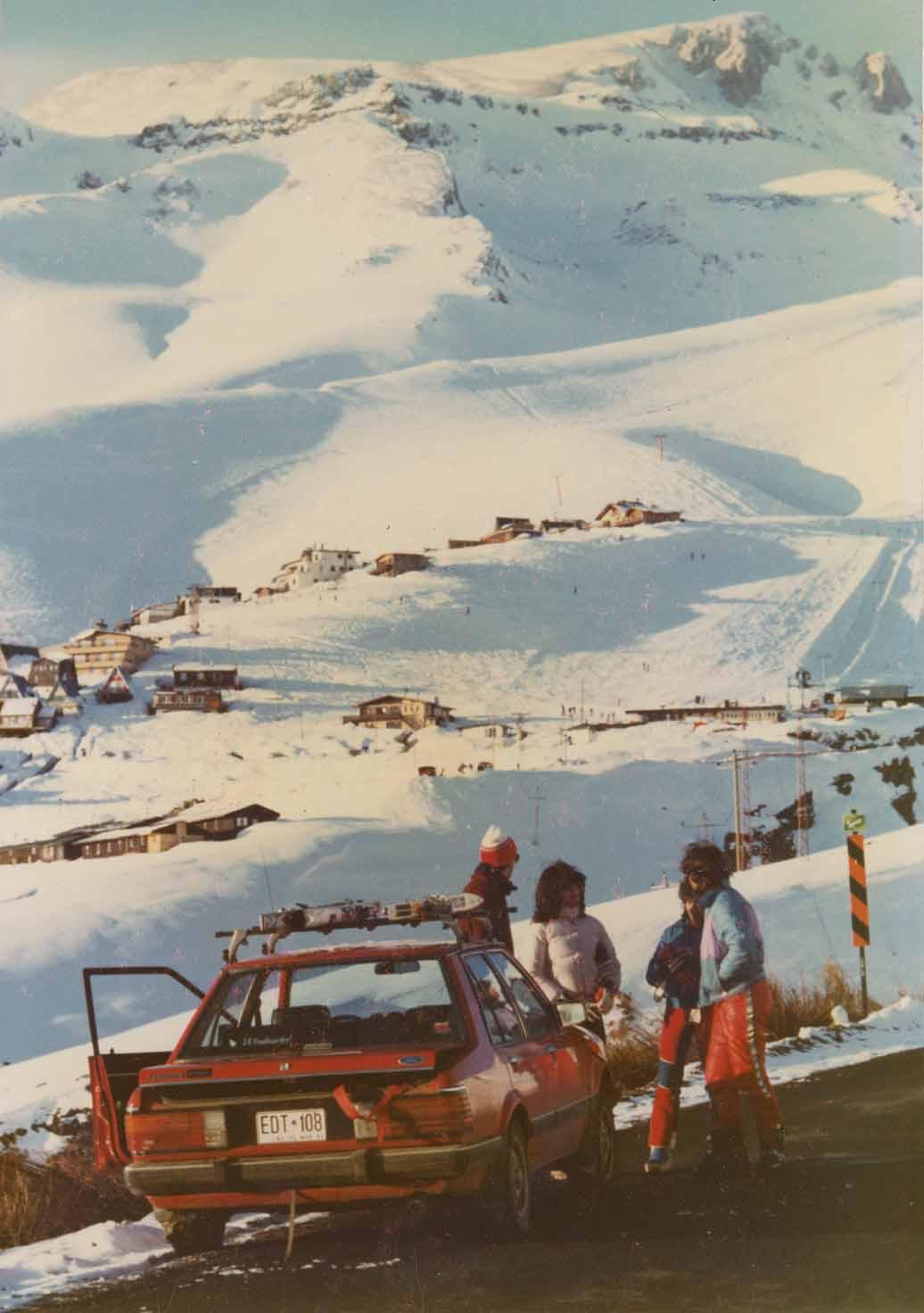 Enterreno - Fotos históricas de chile - fotos antiguas de Chile - La Parva en 1984