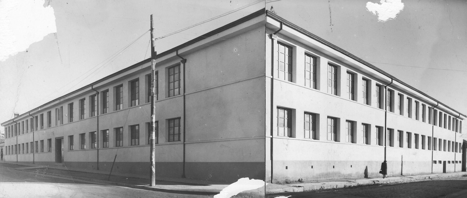 Enterreno - Fotos históricas de chile - fotos antiguas de Chile - Colegio de Cauquenes en 1950