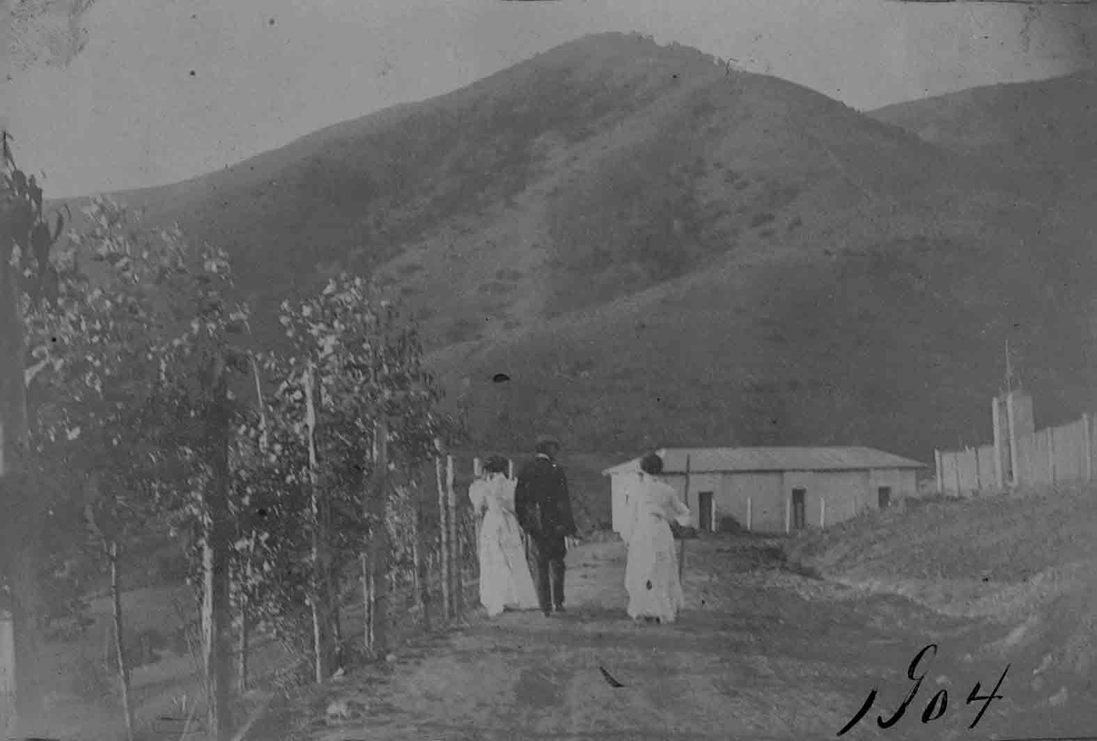 Enterreno - Fotos históricas de chile - fotos antiguas de Chile - Lugar desconocido en 1904