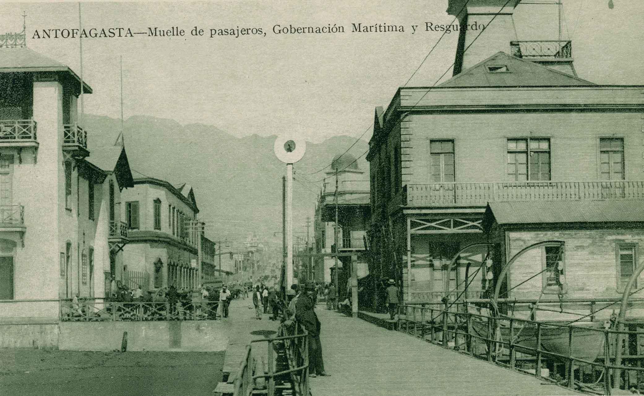 Enterreno - Fotos históricas de chile - fotos antiguas de Chile - Muelle de pasajeros de Antofagasta ca. 1910
