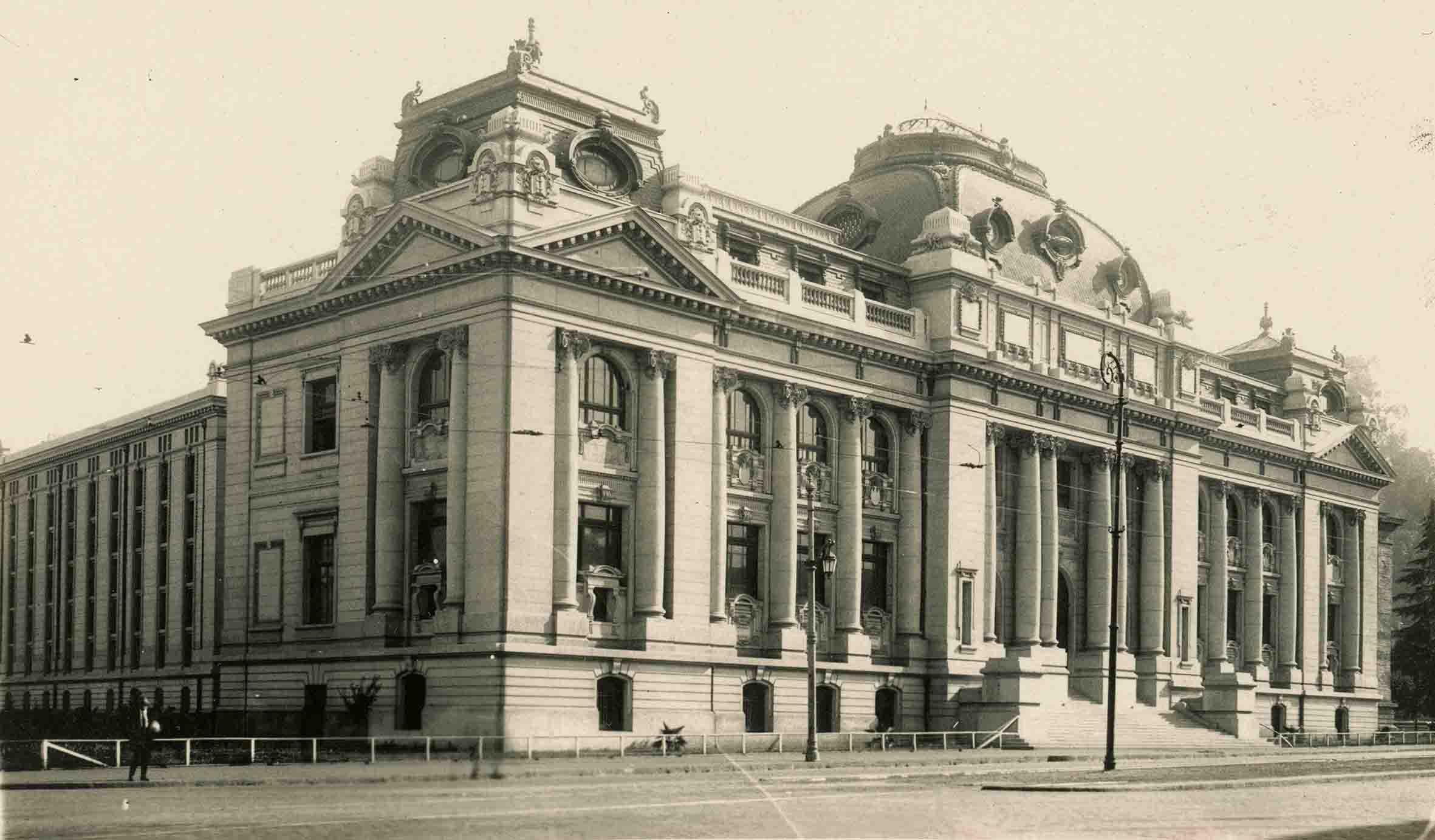 Enterreno - Fotos históricas de chile - fotos antiguas de Chile - Biblioteca Nacional ca. 1920