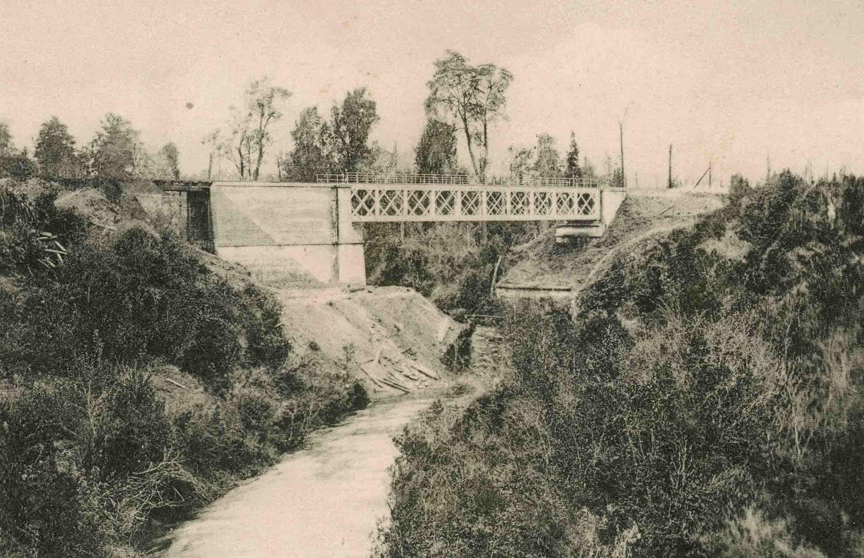 Enterreno - Fotos históricas de chile - fotos antiguas de Chile - Puente Yoyelhue ca. 1925