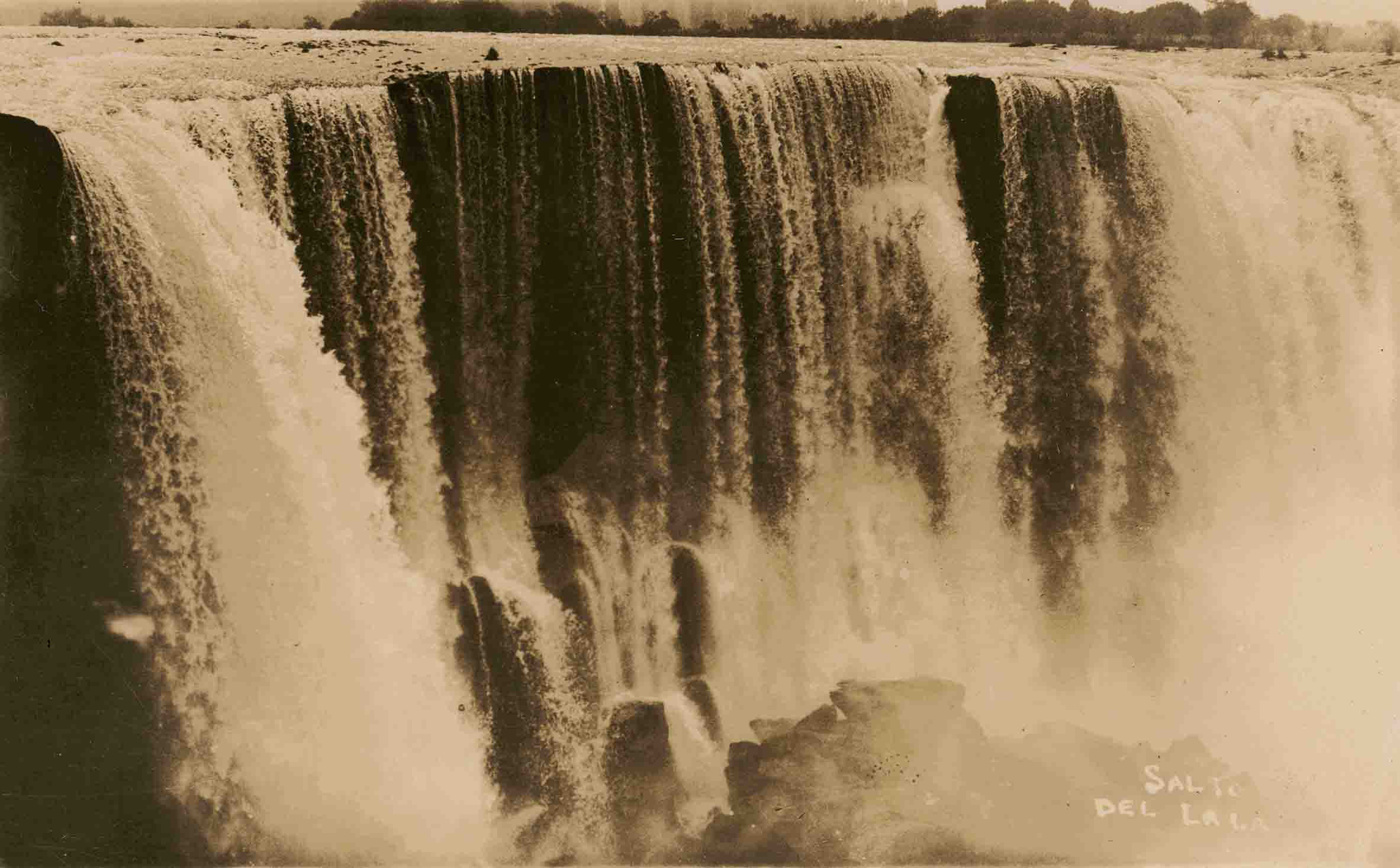 Enterreno - Fotos históricas de chile - fotos antiguas de Chile - Saltos del Laja ca. 1930