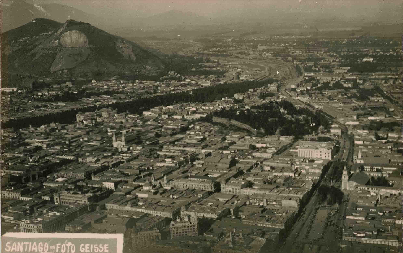 Enterreno - Fotos históricas de chile - fotos antiguas de Chile - Vista aérea de Santiago ca. 1927