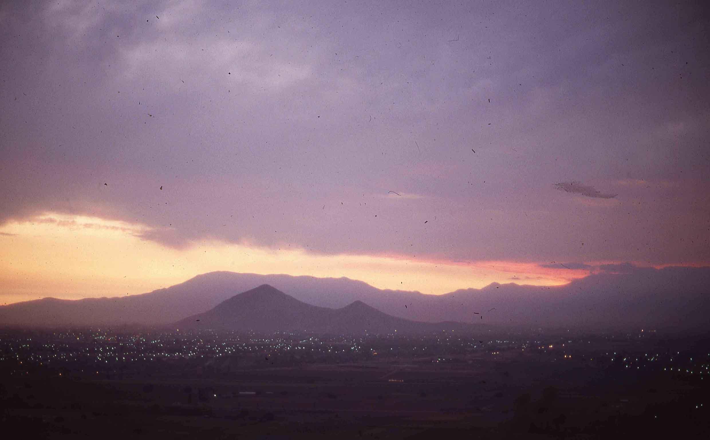 Enterreno - Fotos históricas de chile - fotos antiguas de Chile - Cerro Renca en 1980