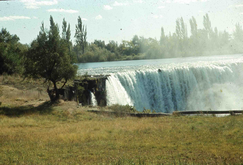 Enterreno - Fotos históricas de chile - fotos antiguas de Chile - Saltos del Laja en 1980