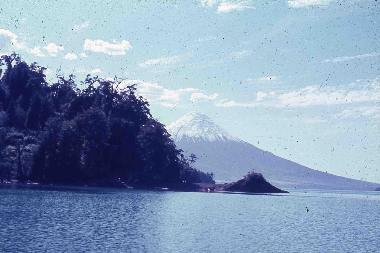 Enterreno - Fotos históricas de chile - fotos antiguas de Chile - Volcán Osorno en los 80