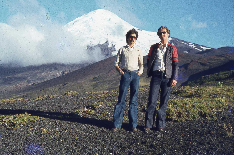 Enterreno - Fotos históricas de chile - fotos antiguas de Chile - Volcán Osorno a finales de los 70