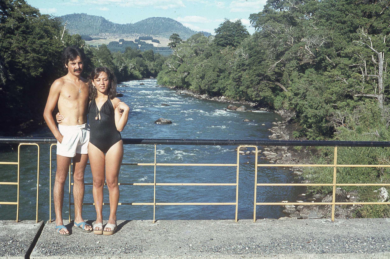 Enterreno - Fotos históricas de chile - fotos antiguas de Chile - Puente sobre el Río Trancura, 1979