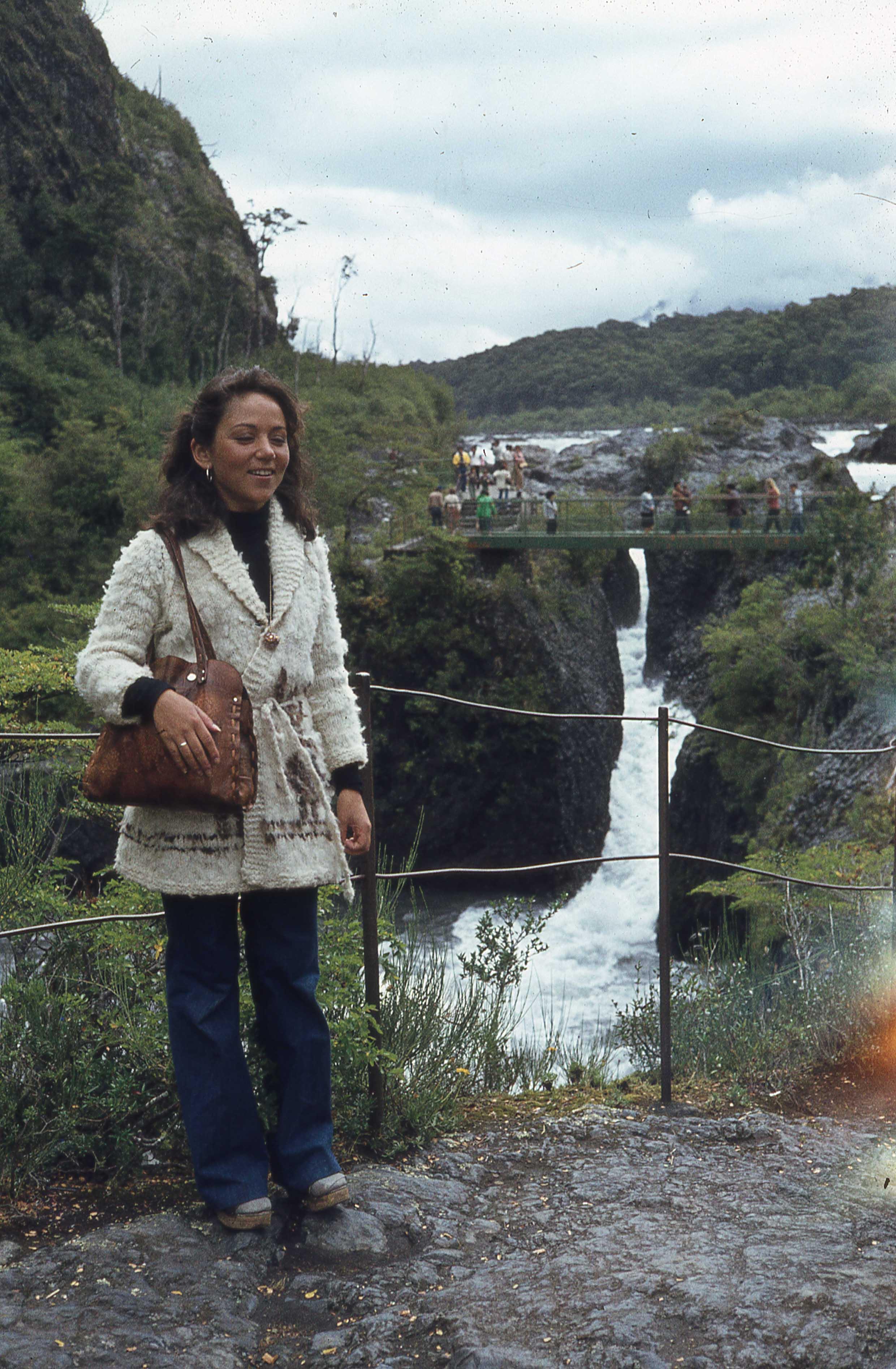 Enterreno - Fotos históricas de chile - fotos antiguas de Chile - Saltos del Petrohué a finales de los 70