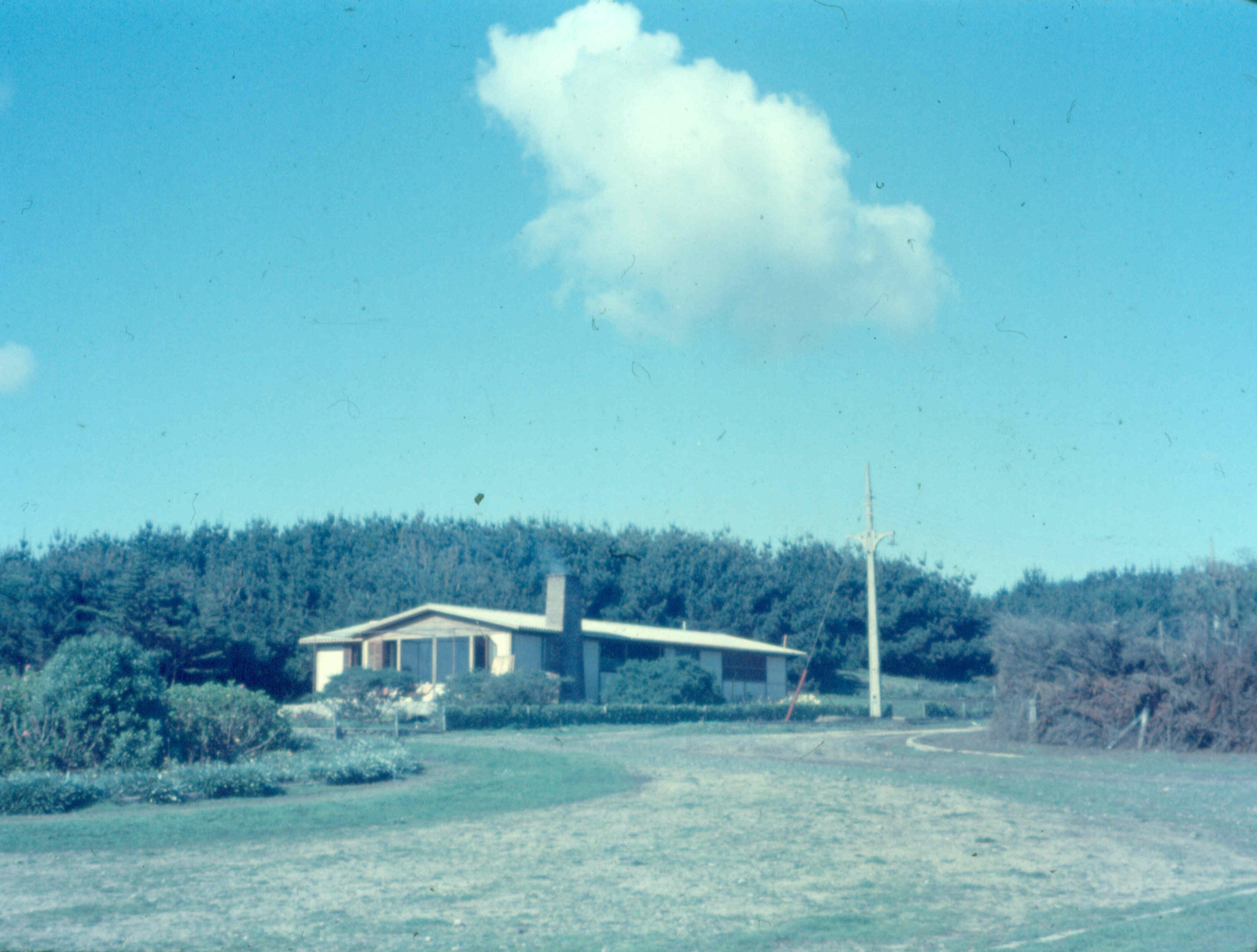 Enterreno - Fotos históricas de chile - fotos antiguas de Chile - Santo Domingo en 1957