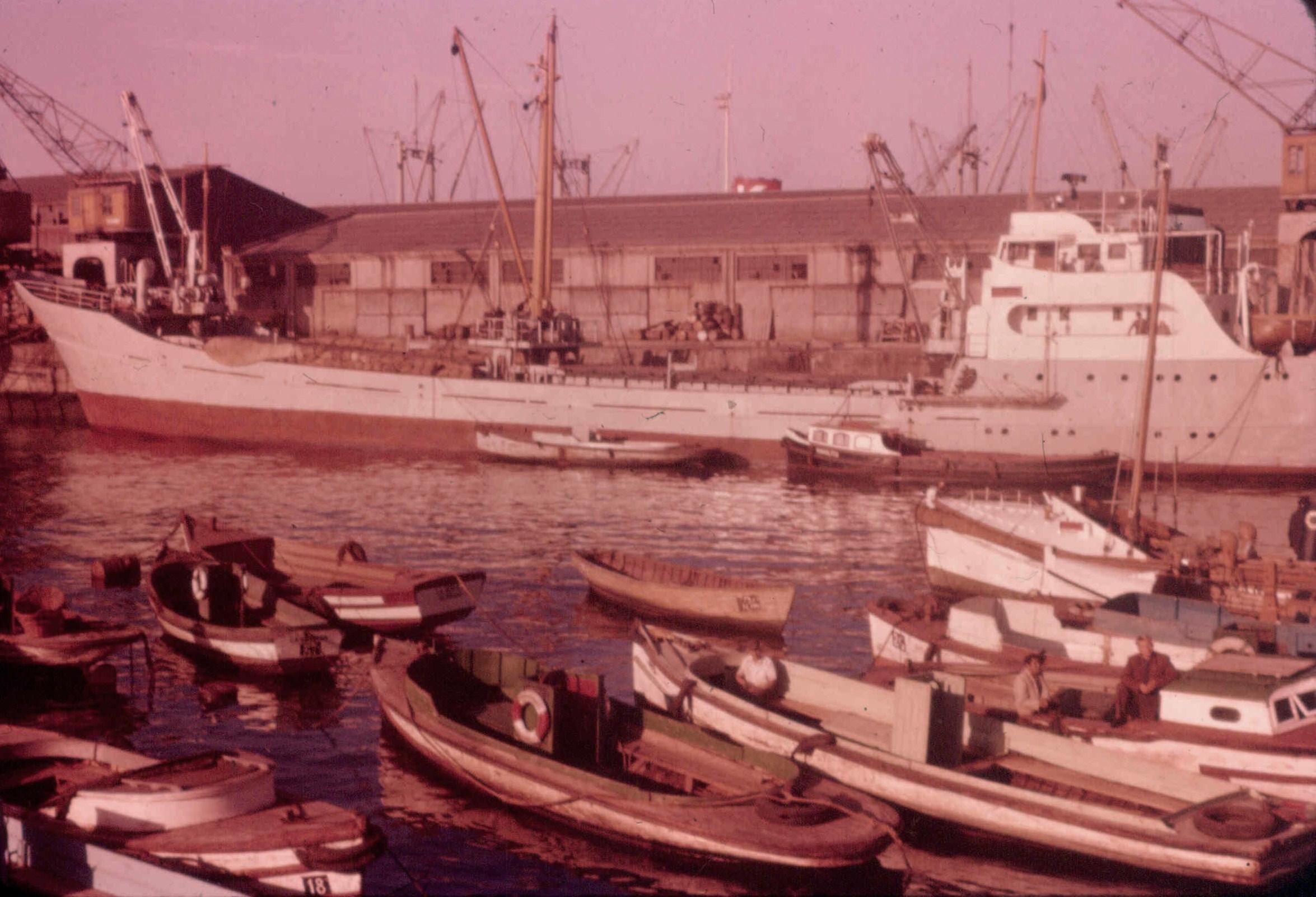 Enterreno - Fotos históricas de chile - fotos antiguas de Chile - San Antonio en 1957
