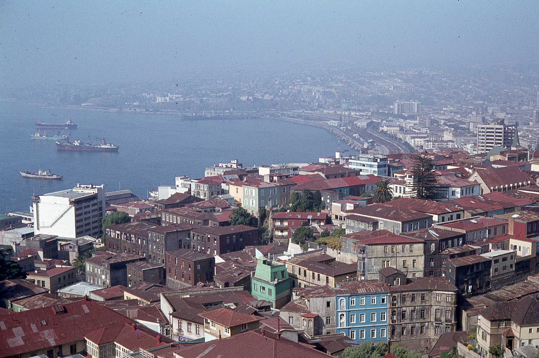 Enterreno - Fotos históricas de chile - fotos antiguas de Chile - Valparaíso en 1979
