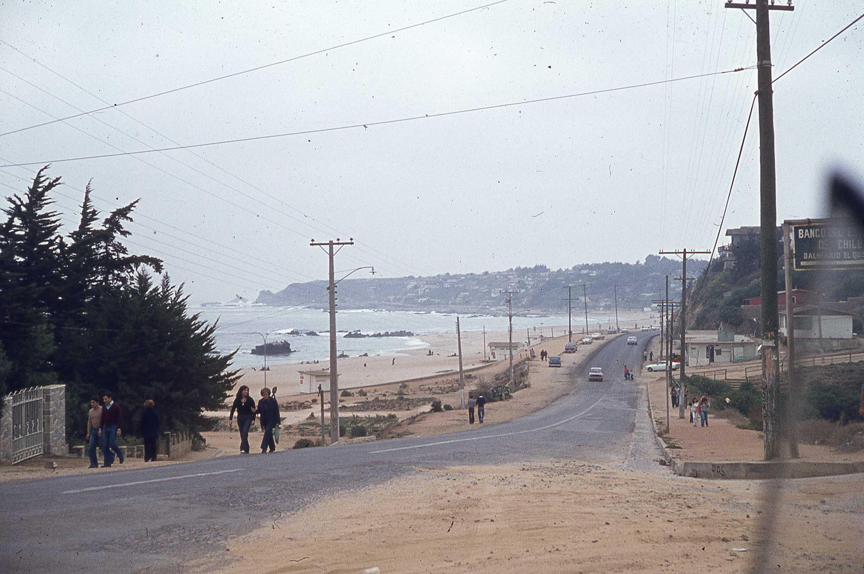 Enterreno - Fotos históricas de chile - fotos antiguas de Chile - El Quisco, Playa Los Corsarios en 1985