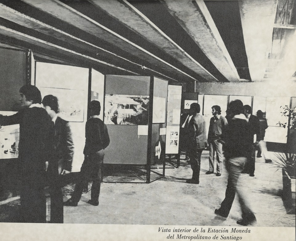 Enterreno - Fotos históricas de chile - fotos antiguas de Chile - Estación de metro Moneda, 1975