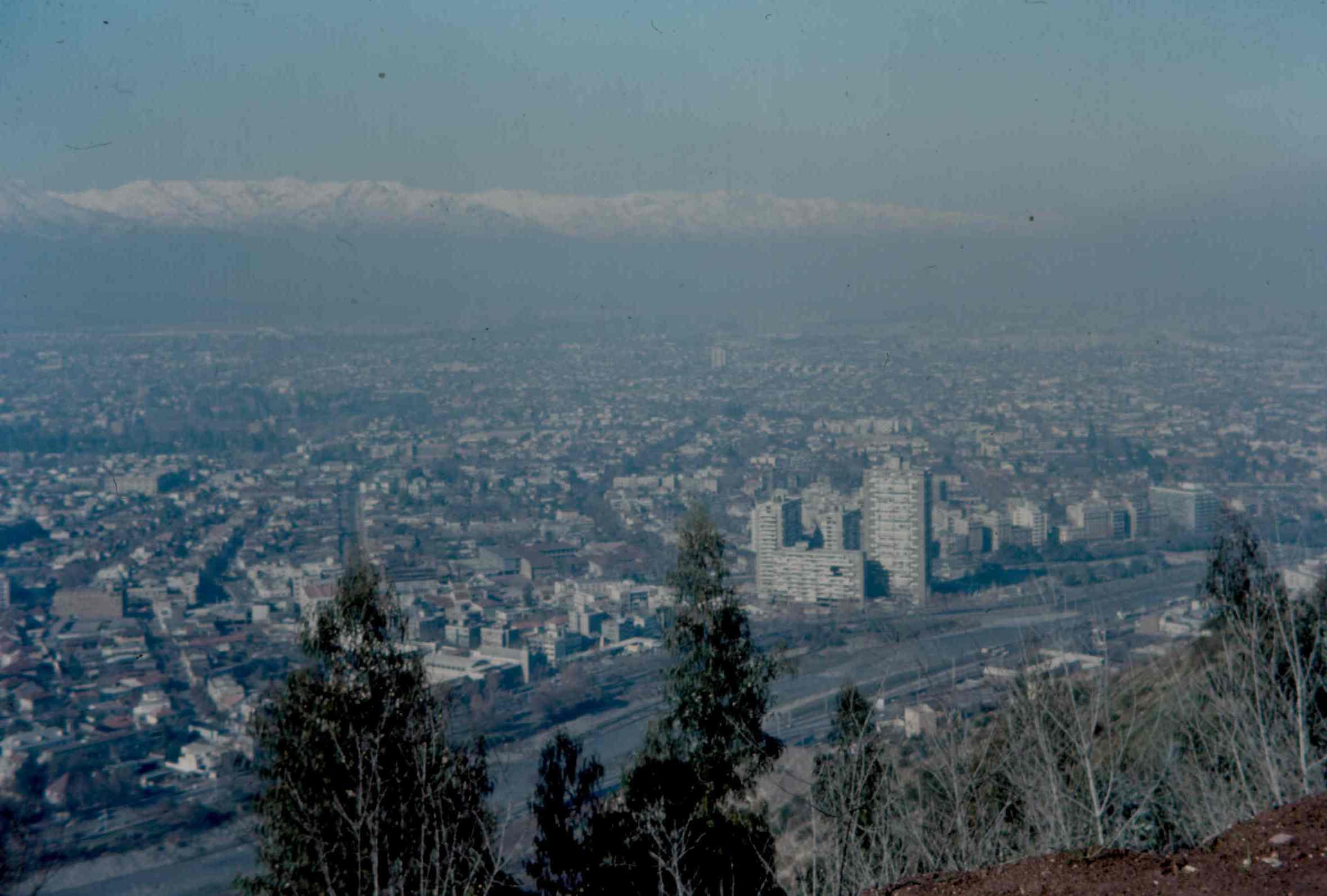 Enterreno - Fotos históricas de chile - fotos antiguas de Chile - Panorama de Providencia en 1969