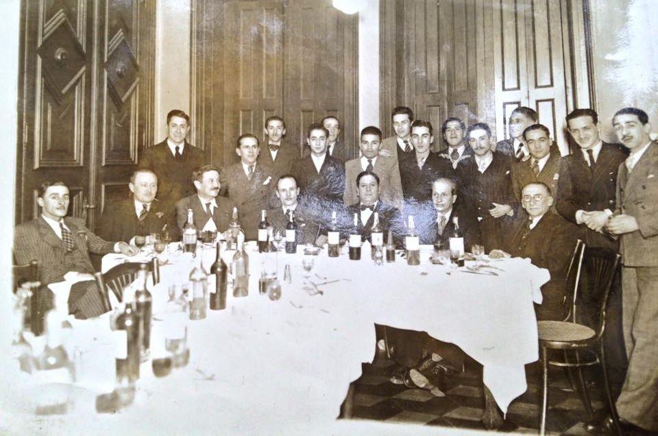 Enterreno - Fotos históricas de chile - fotos antiguas de Chile - Funcionarios de ferrocarriles en 1936
