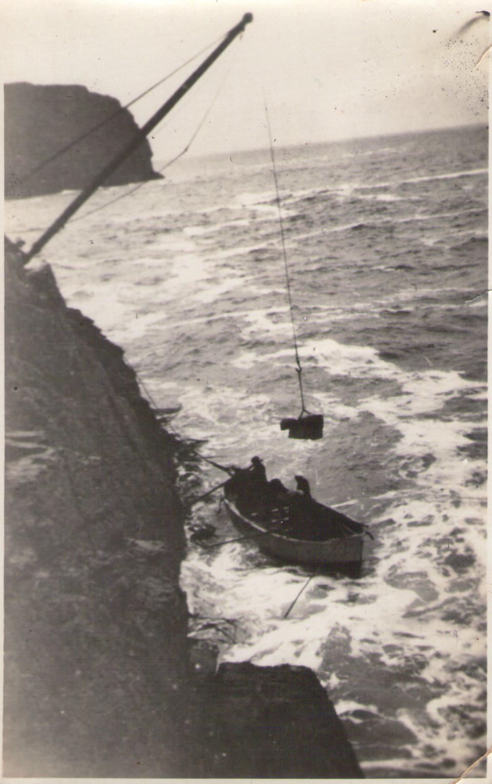 Enterreno - Fotos históricas de chile - fotos antiguas de Chile - Acceso Faro Evangelista en 1930