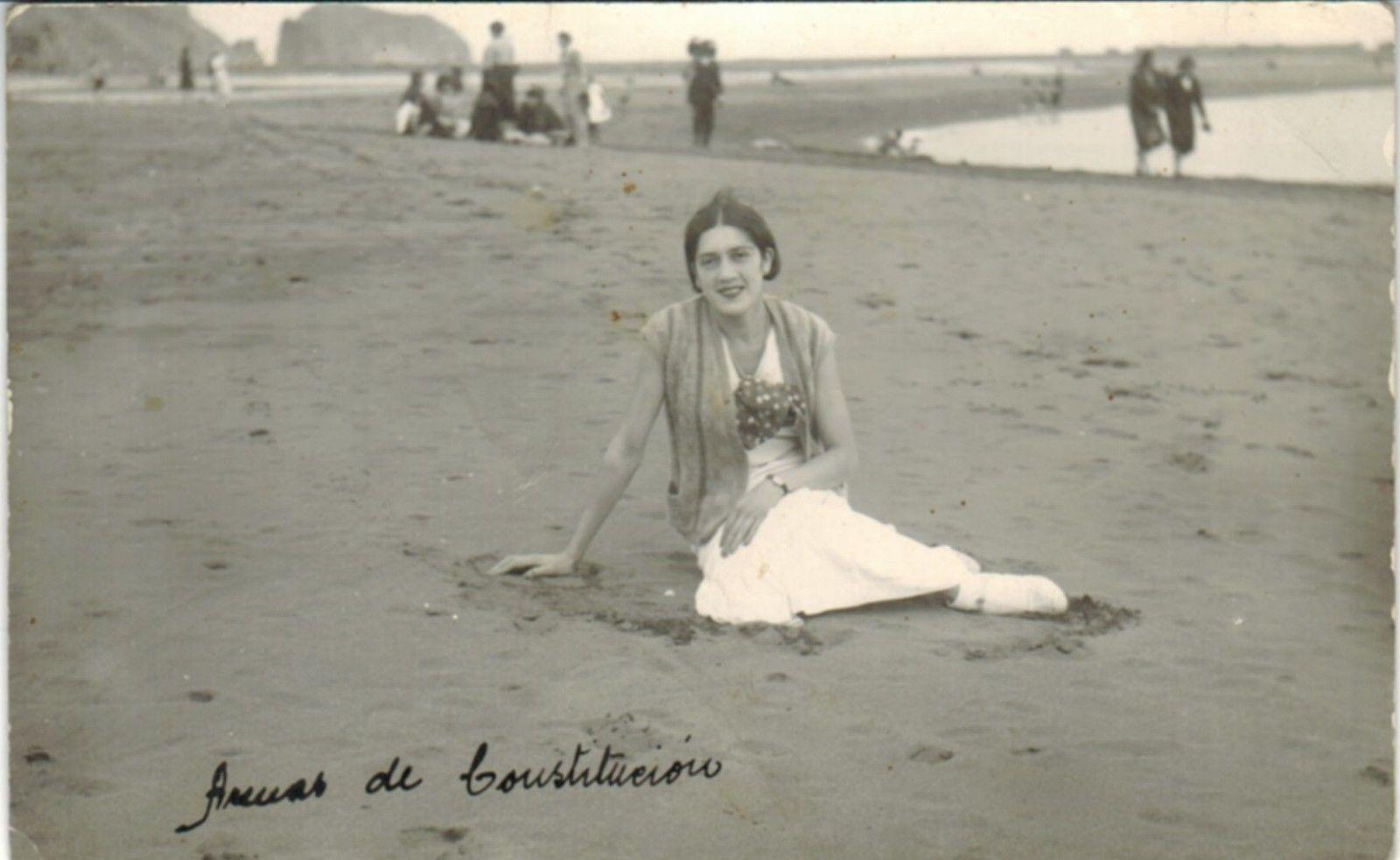 Enterreno - Fotos históricas de chile - fotos antiguas de Chile - Playa de Constitución en 1940